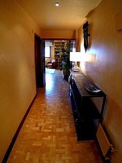 Pasillo - Piso en alquiler en calle Irunlarrea, Ermitagaña-Mendebaldea en Pamplona/Iruña - 221218813