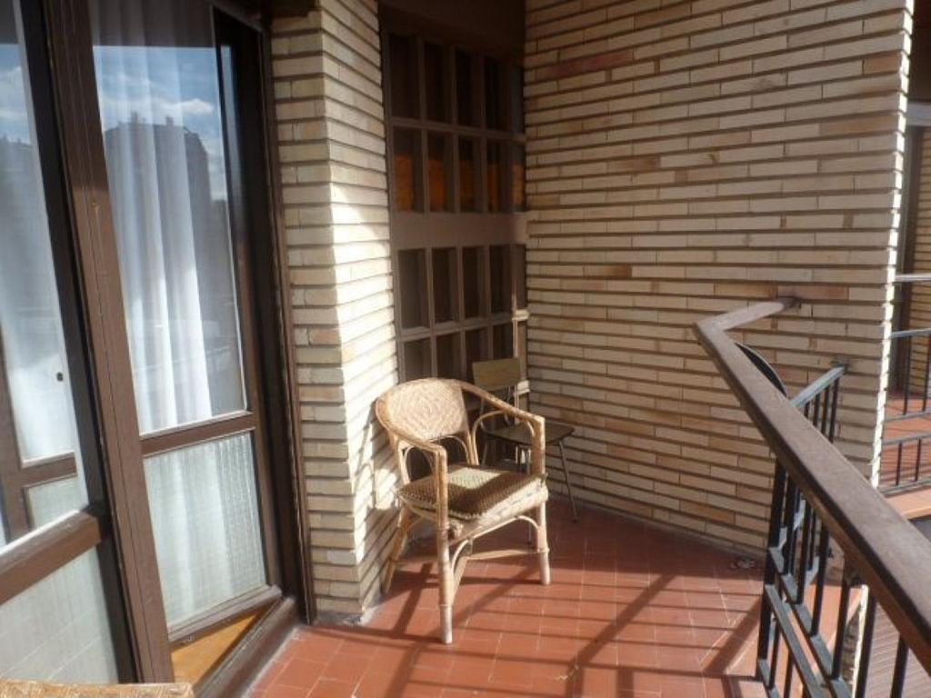 Piso en alquiler en calle Obispo Irurita, San Juan en Pamplona/Iruña - 310225309
