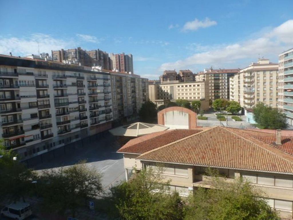 Piso en alquiler en calle Obispo Irurita, San Juan en Pamplona/Iruña - 310225312