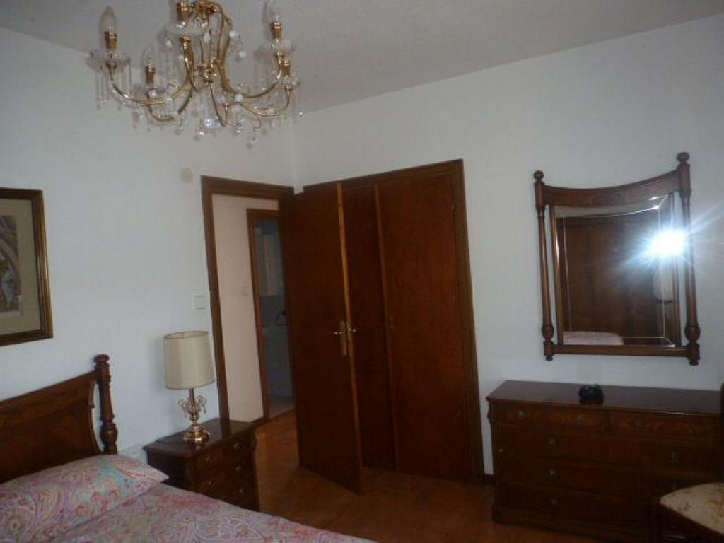 Piso en alquiler en calle Obispo Irurita, San Juan en Pamplona/Iruña - 310225339