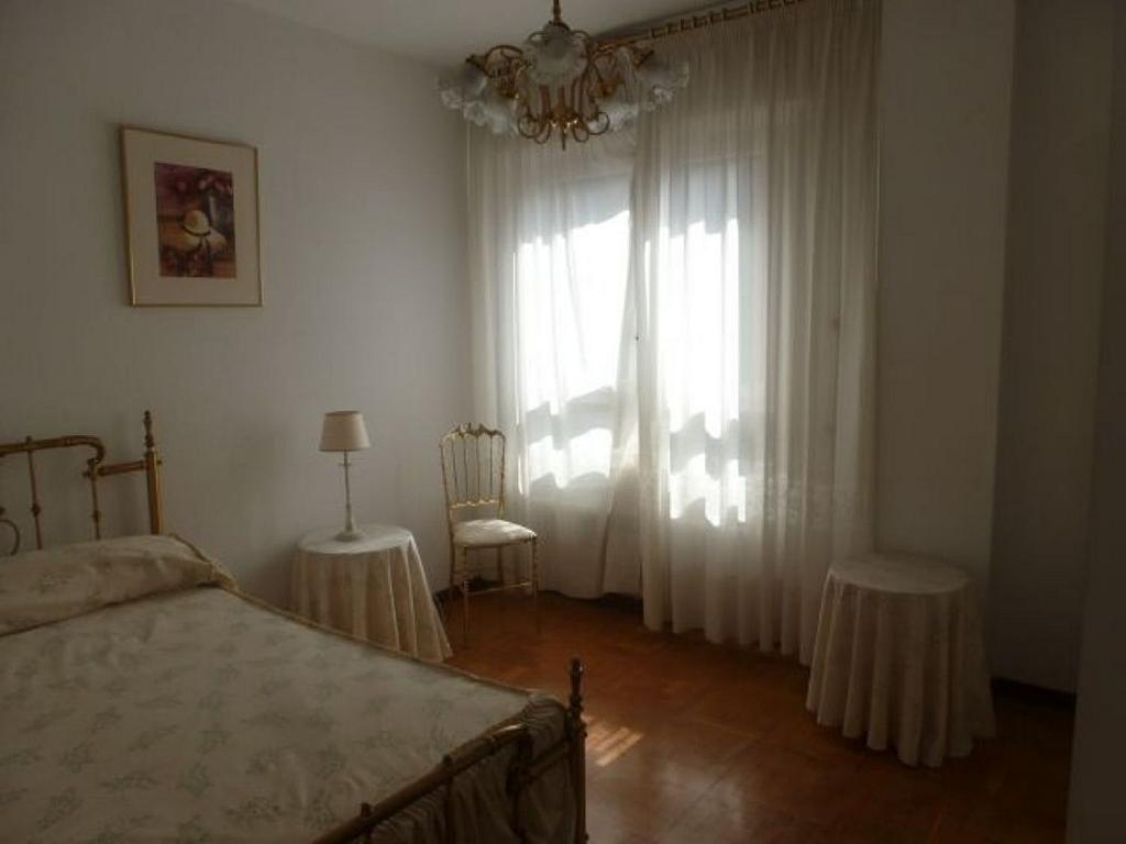 Piso en alquiler en calle Obispo Irurita, San Juan en Pamplona/Iruña - 310225342