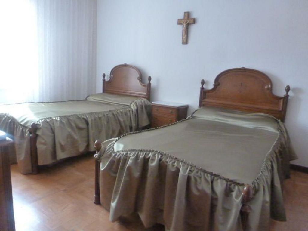 Piso en alquiler en calle Obispo Irurita, San Juan en Pamplona/Iruña - 310225348