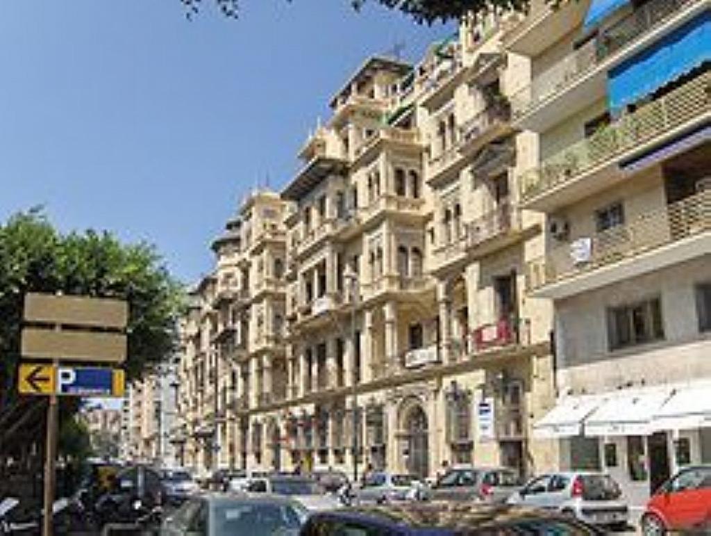 Local comercial en alquiler en Este en Málaga - 358298027