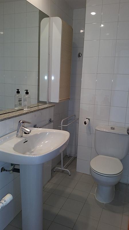 Baño - Piso en alquiler en calle Alaba, La Vila Olímpica en Barcelona - 309600580