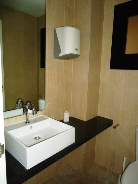 Baño - Oficina en alquiler en calle Avenida Cornella, Montesa en Esplugues de Llobregat - 122232059