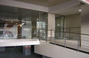 Fachada - Oficina en alquiler en calle Cornella, Esplugues de Llobregat - 122919968