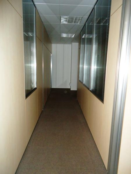 Pasillo - Oficina en alquiler en calle Cornella, Esplugues de Llobregat - 122920019