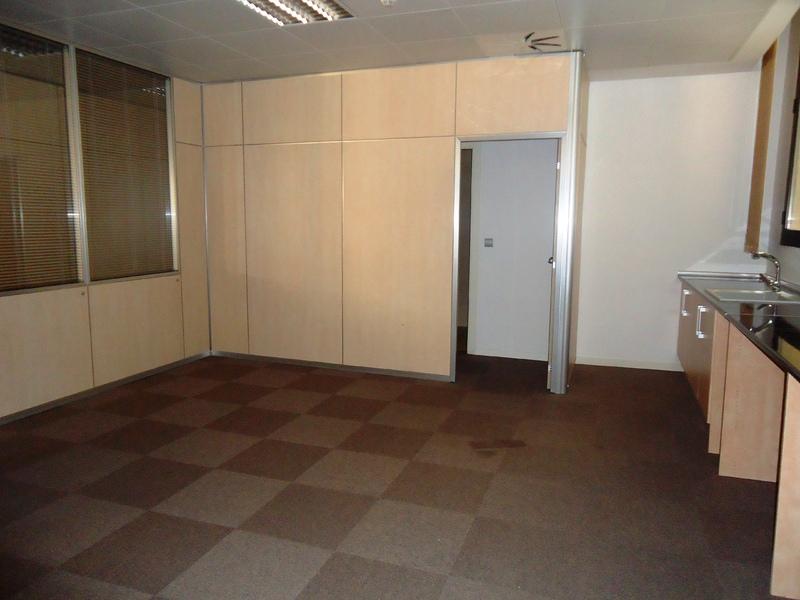 Cocina - Oficina en alquiler en calle Cornella, Esplugues de Llobregat - 122920022