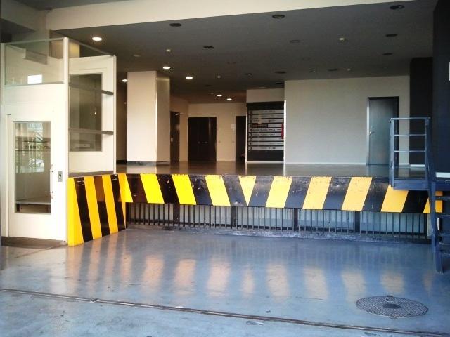 Fachada - Oficina en alquiler en calle Cornella, Esplugues de Llobregat - 123156782
