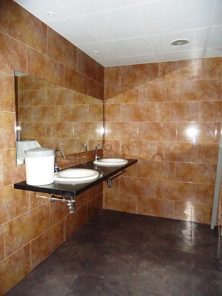 Baño - Oficina en alquiler en calle Cornella, Esplugues de Llobregat - 123156921