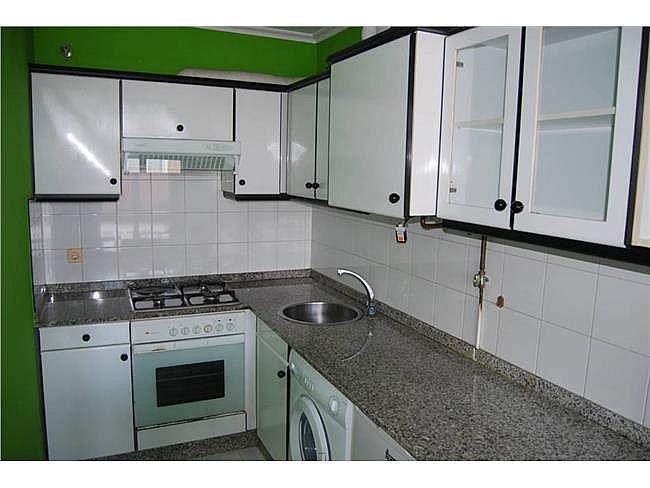 Dúplex en alquiler en calle Rosalia de Castro, Milladoiro (O) - 377566796
