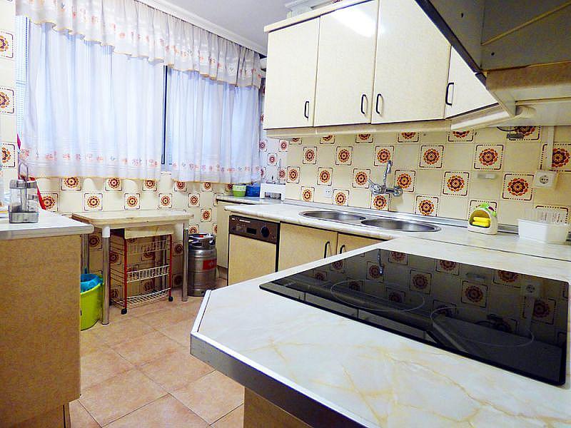 Foto - Piso en alquiler en calle Arroyo Santa Justa, Macarena en Sevilla - 331079080