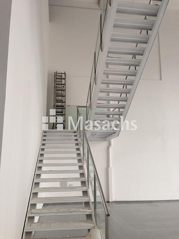 Ref. 7502 escaleras - Nave en alquiler en Sabadell - 263777943