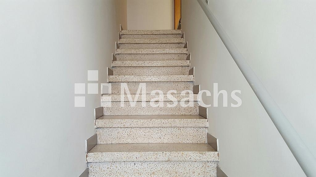 Ref. 7704 escaleras - Nave industrial en alquiler en Granollers - 326097681
