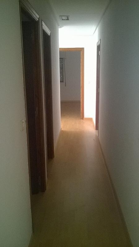 Casa en alquiler en calle Pizarro, Torreorgaz - 325777128