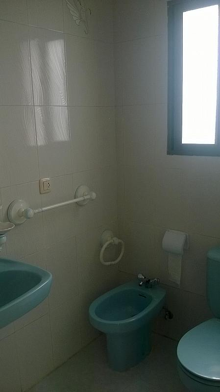 Casa en alquiler en calle Pizarro, Torreorgaz - 325777140