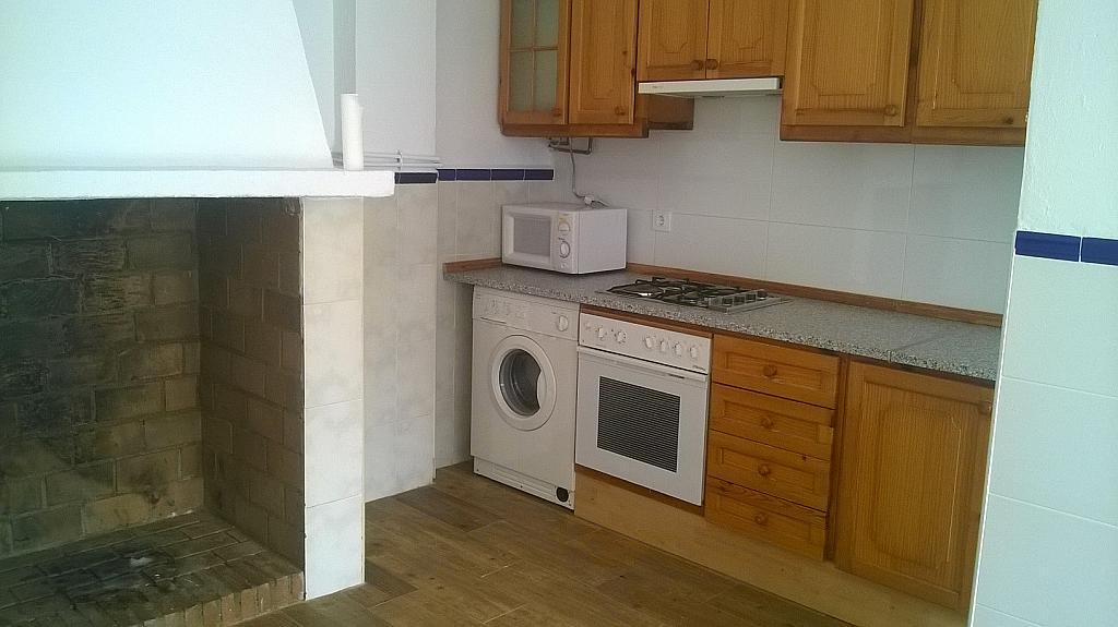 Casa en alquiler en calle Pizarro, Torreorgaz - 325777165
