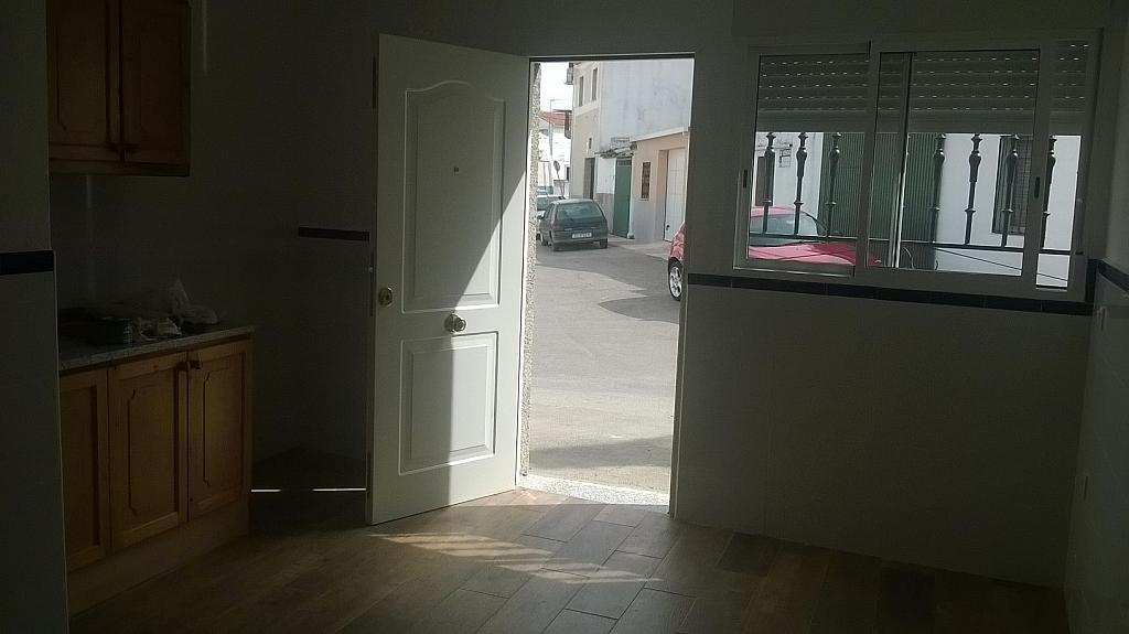 Casa en alquiler en calle Pizarro, Torreorgaz - 325777170