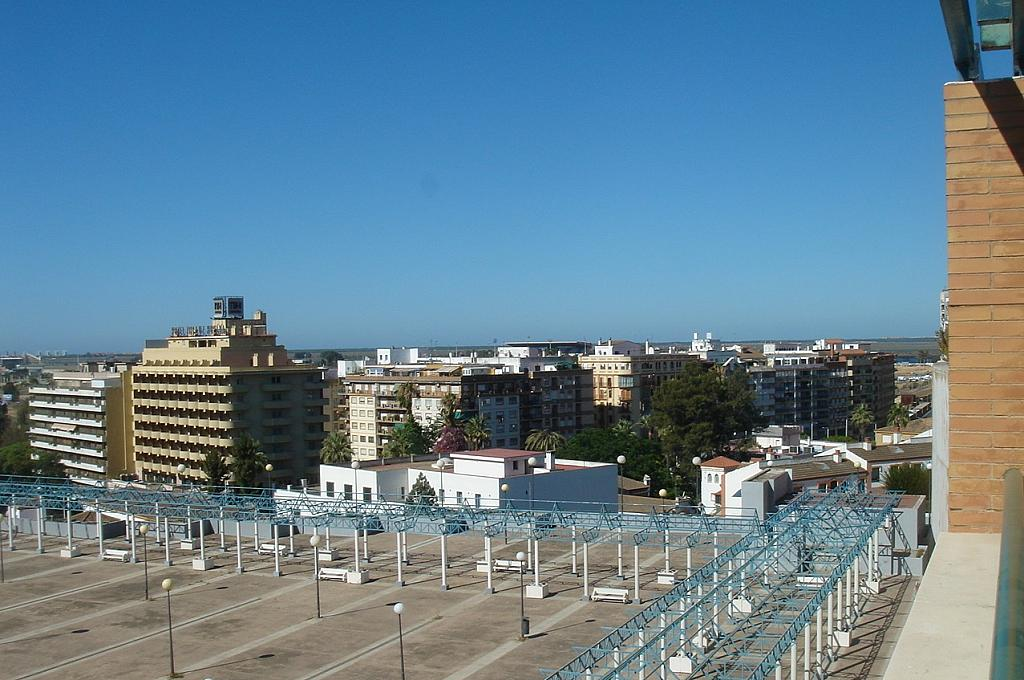 Ático en alquiler en plaza El Titán, Zona Centro en Huelva - 323059229