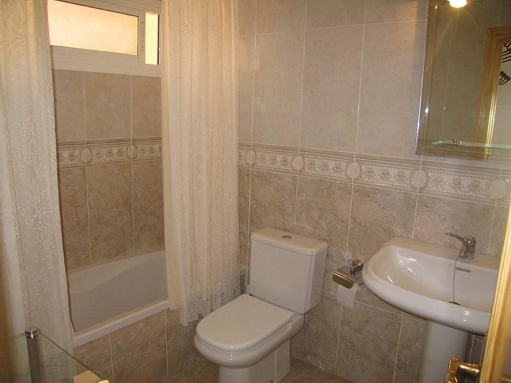 Apartamento en alquiler de temporada en calle Tamarindos, Benalmádena Costa en Benalmádena - 323961509