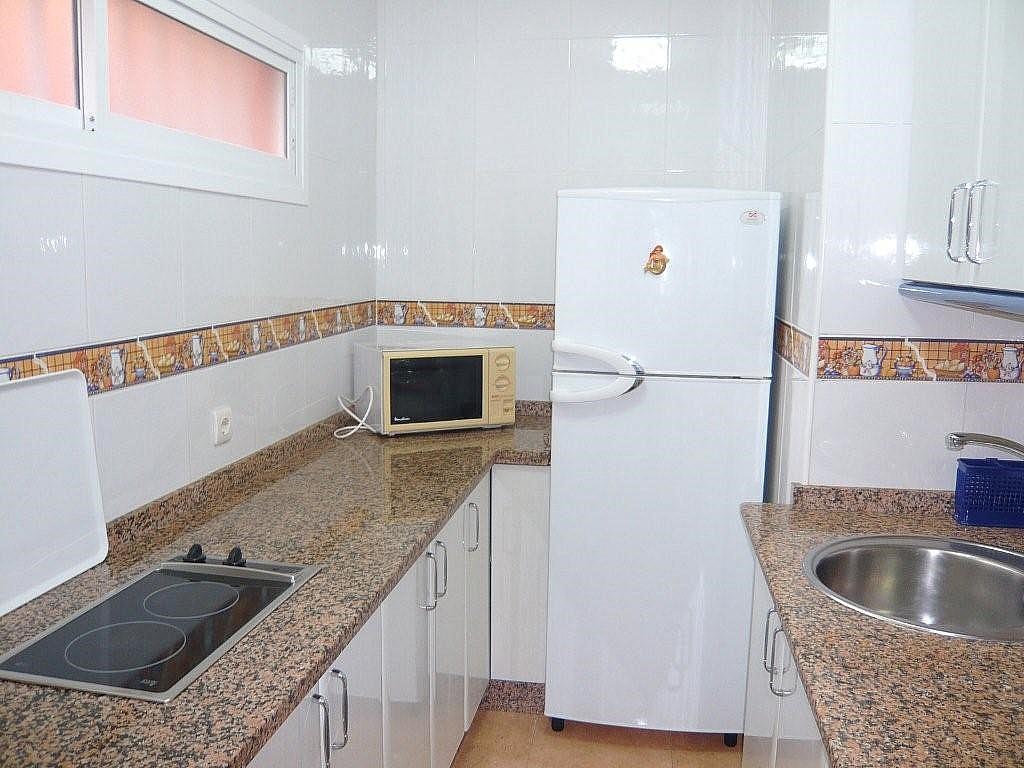 Apartamento en alquiler de temporada en calle Tamarindos, Benalmádena Costa en Benalmádena - 323961512