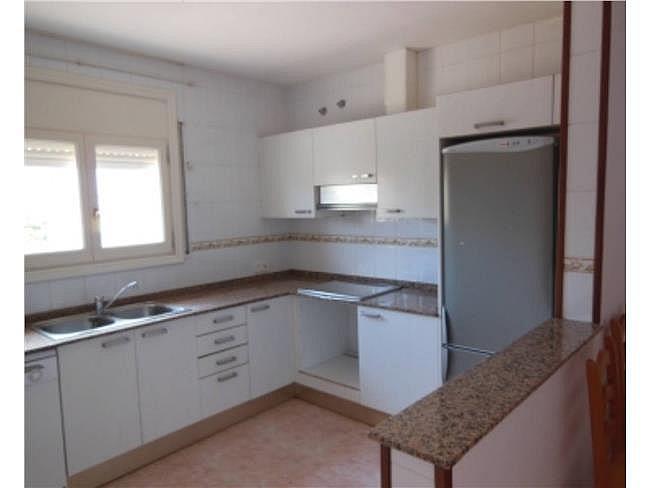 Casa adosada en alquiler en Mont-Roig del Camp - 321759344