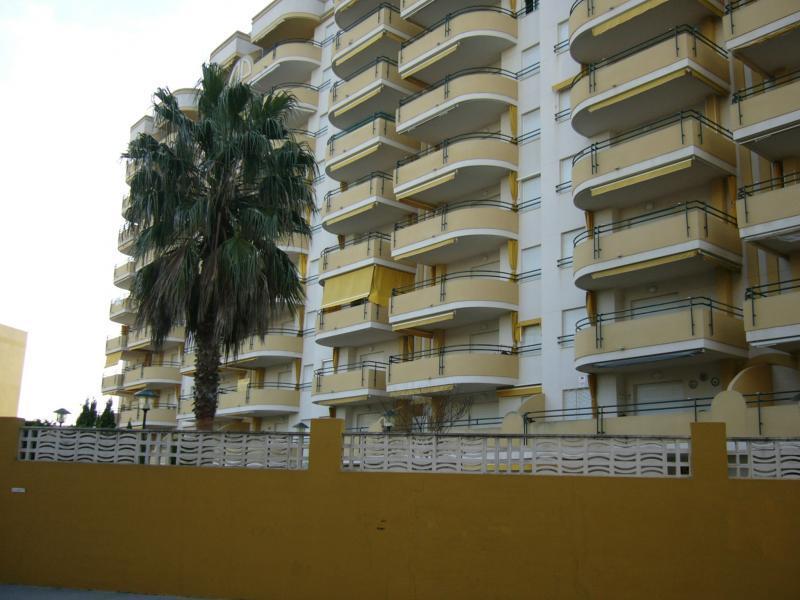 Piso en alquiler de temporada en calle Camp de Morvedre, Playa de Gandia en Gandia - 98868097