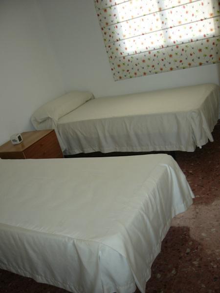 Piso en alquiler de temporada en calle Camp de Morvedre, Playa de Gandia en Gandia - 98868161