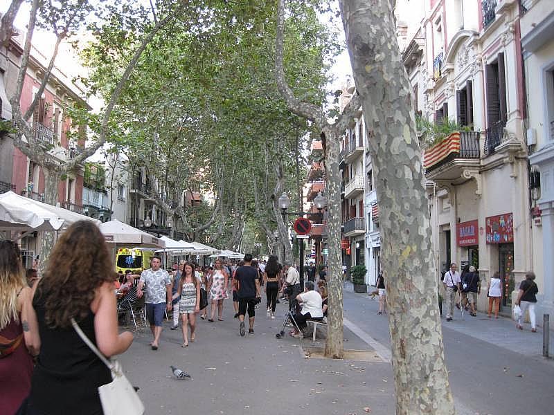 Foto - Local comercial en alquiler en El Poblenou en Barcelona - 327275066