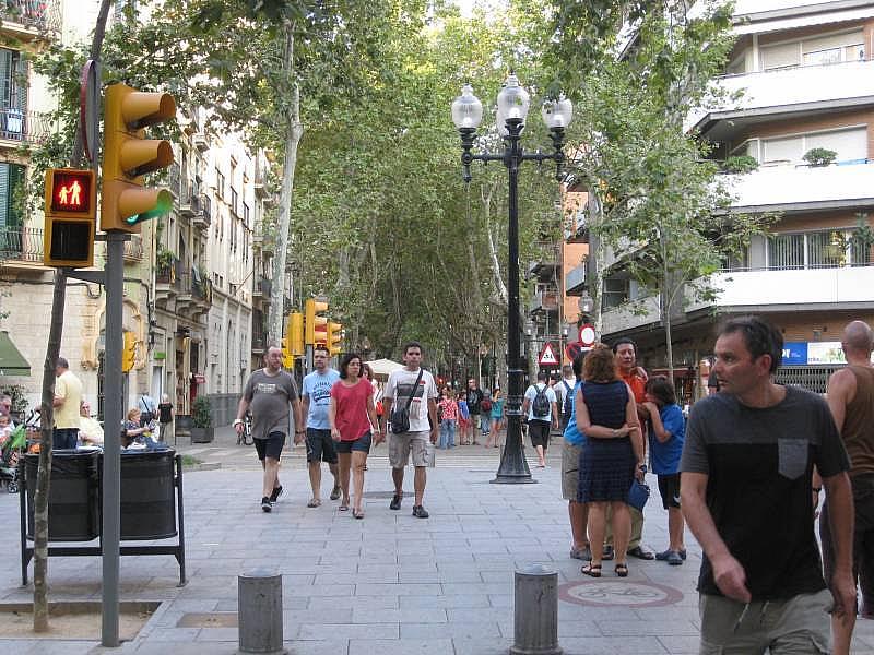 Foto - Local comercial en alquiler en El Poblenou en Barcelona - 327275093