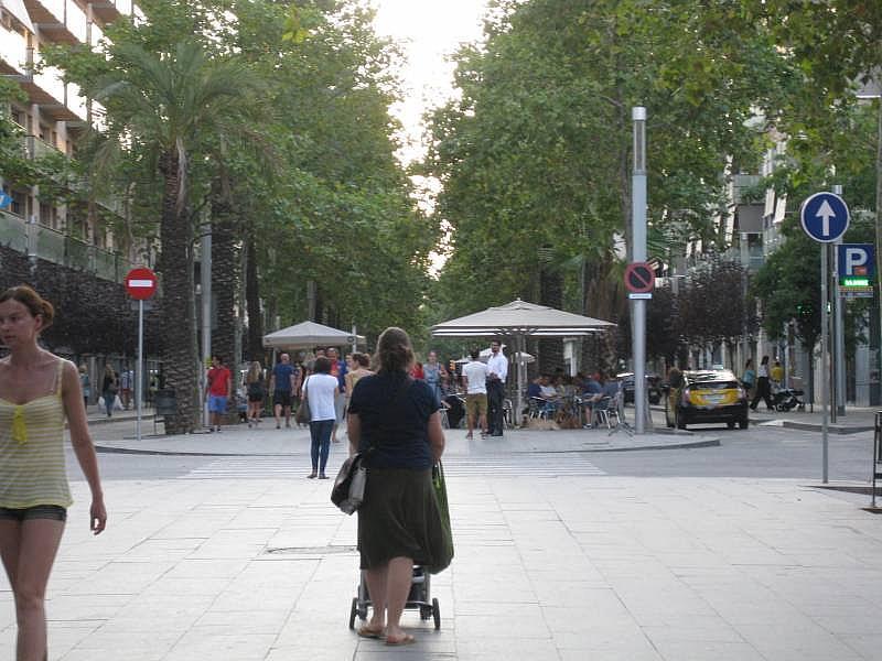 Foto - Local comercial en alquiler en El Poblenou en Barcelona - 327275108