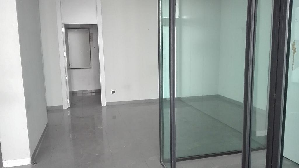 Local comercial en alquiler en calle Cristo de la Victoria, Pradolongo en Madrid - 340224578