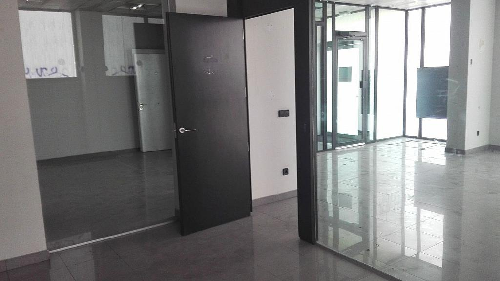 Local comercial en alquiler en calle Cristo de la Victoria, Pradolongo en Madrid - 340224581