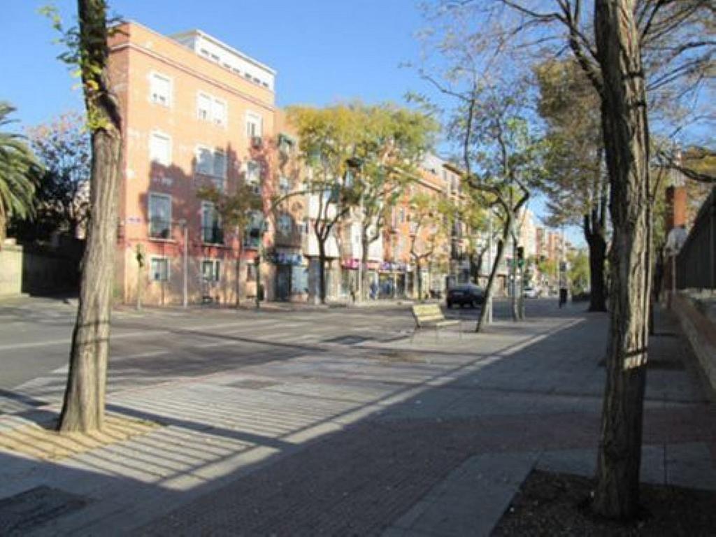 Local comercial en alquiler en calle Blasón, Puerta Bonita en Madrid - 359987598