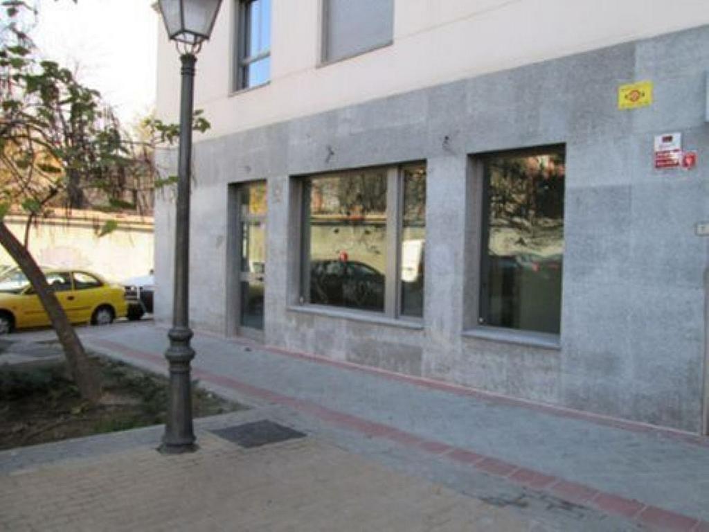 Local comercial en alquiler en calle Blasón, Puerta Bonita en Madrid - 359987601