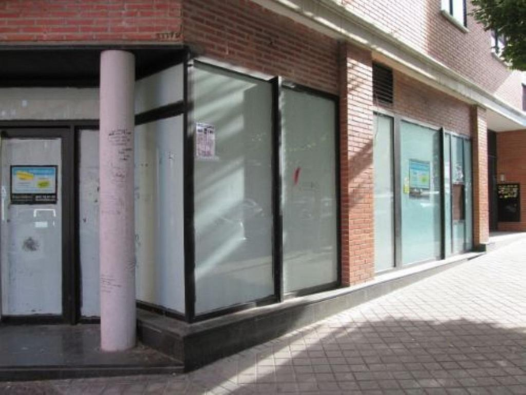 Local comercial en alquiler en calle Felicidad, Los Rosales en Madrid - 359987637