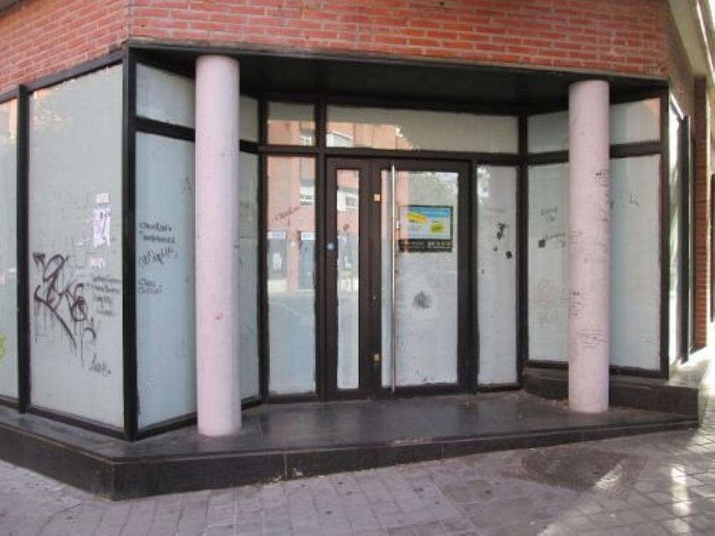 Local comercial en alquiler en calle Felicidad, Los Rosales en Madrid - 359987640