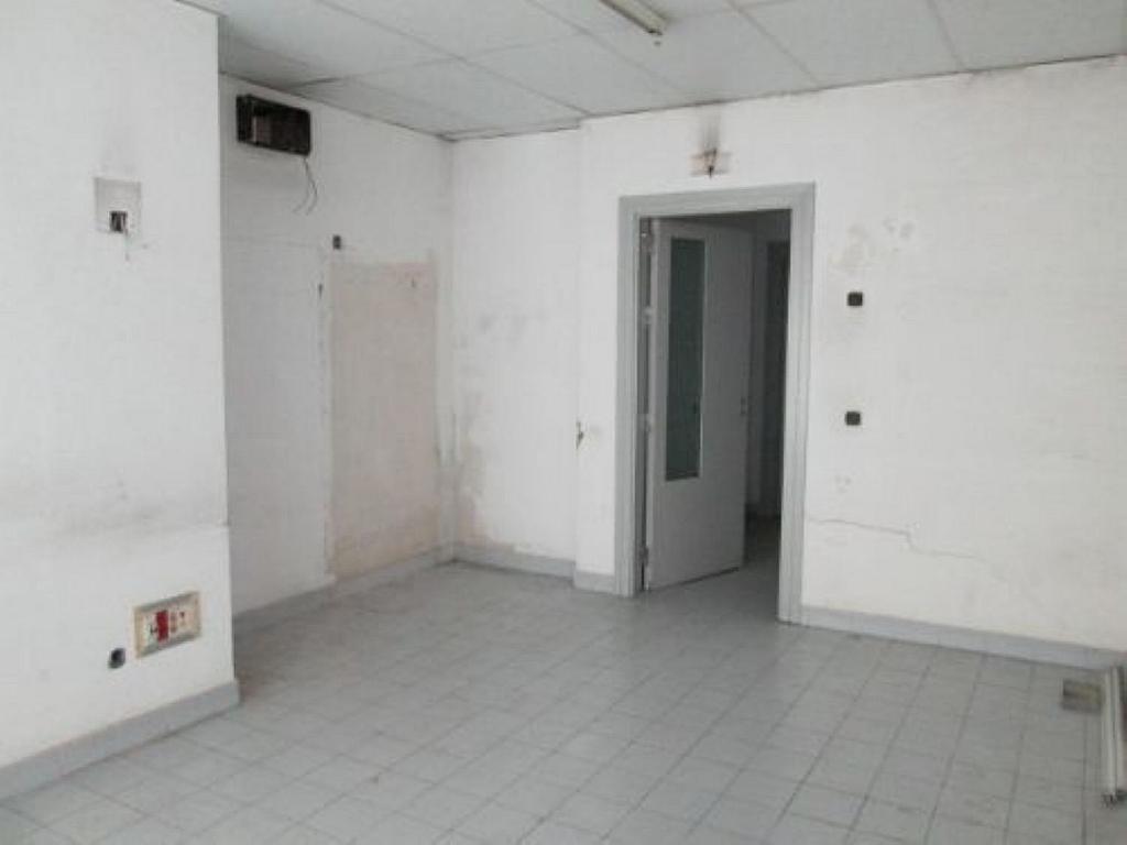 Local comercial en alquiler en calle Felicidad, Los Rosales en Madrid - 359987664