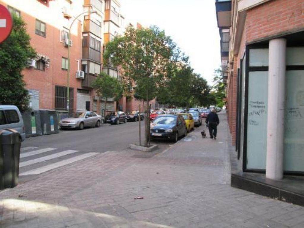 Local comercial en alquiler en calle Felicidad, Los Rosales en Madrid - 359987676