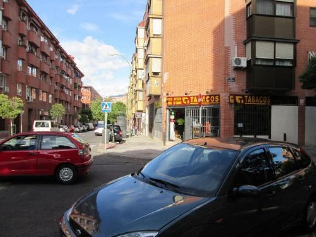 Local comercial en alquiler en calle Felicidad, Los Rosales en Madrid - 359987685