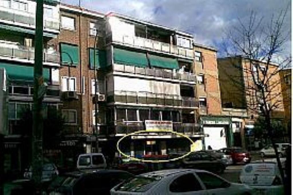 Local comercial en alquiler en calle Guabairo, Vista Alegre en Madrid - 340224665