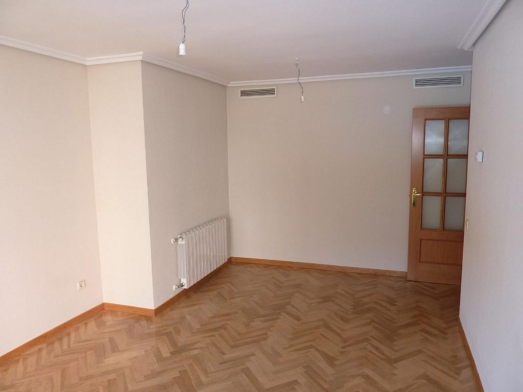 Piso en alquiler en calle Deyanira, San blas en Madrid - 361610257