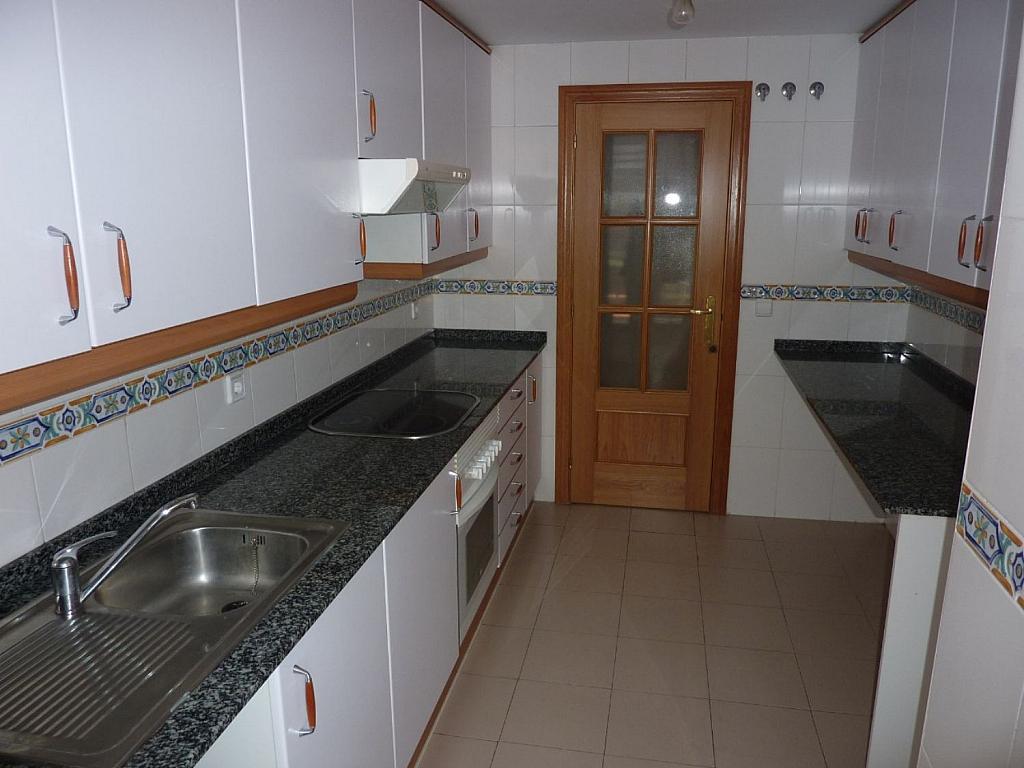 Piso en alquiler en calle Deyanira, San blas en Madrid - 361610266