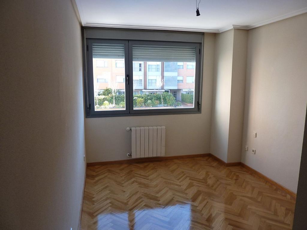 Piso en alquiler en calle Deyanira, San blas en Madrid - 361610296