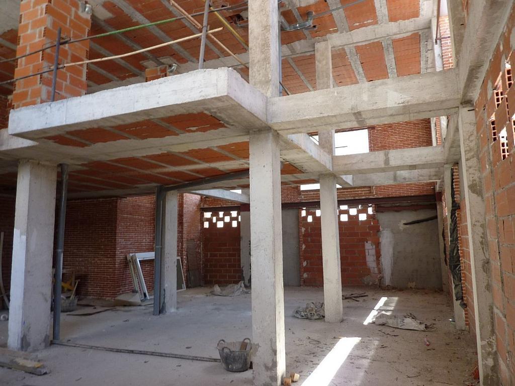 Local comercial en alquiler en Fuencarral-el pardo en Madrid - 358480386