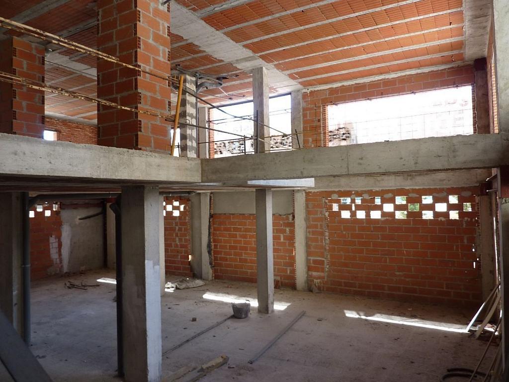 Local comercial en alquiler en Fuencarral-el pardo en Madrid - 358480398