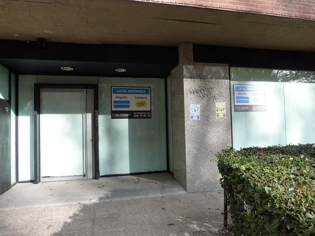 Local comercial en alquiler en calle Ramón Gómez de la Serna, Peñagrande en Madrid - 361610827