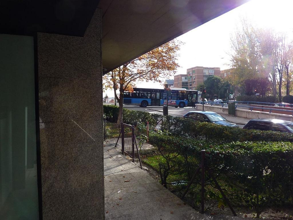 Local comercial en alquiler en calle Ramón Gómez de la Serna, Peñagrande en Madrid - 361610833