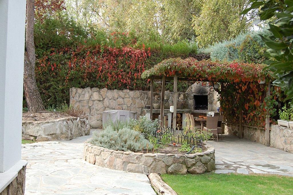 Casa en alquiler en Villafranca del Castillo - 358481079