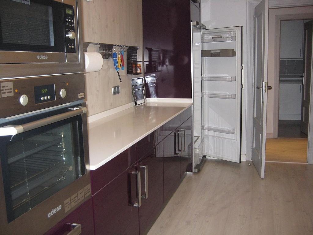 Casa en alquiler en Villafranca del Castillo - 358481103